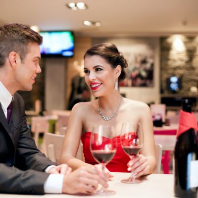 Safety Precautions You Should Take When Going on a First Date